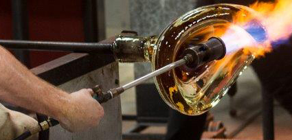 Glassblowing at STARworks